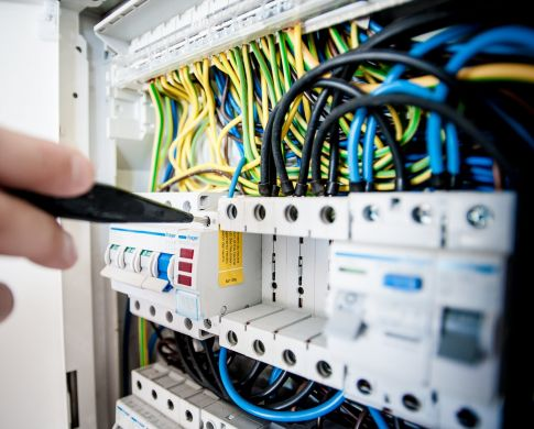 Calls for Electricians to Have Their Say on New National Wiring Rules